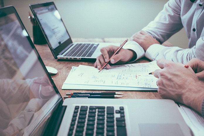Jak grafik pracy może wpłynąć na funkcjonowanie Twojej firmy?