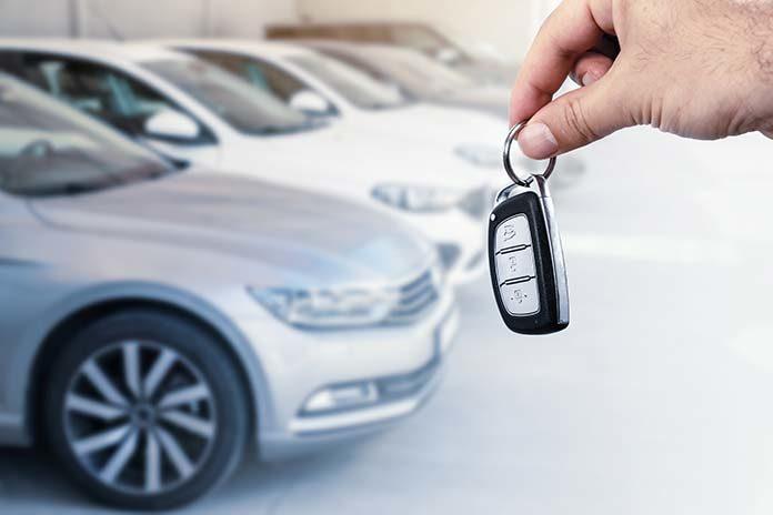 Masz nową firmę i potrzebujesz auta? Wyjaśniamy, dlaczego warto postawić na leasing
