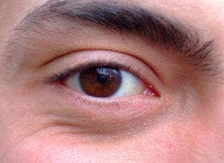 krople na zmęczone oczy