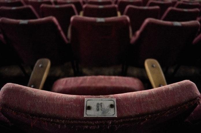 Jak przygotować salę kinową w ośrodku kultury