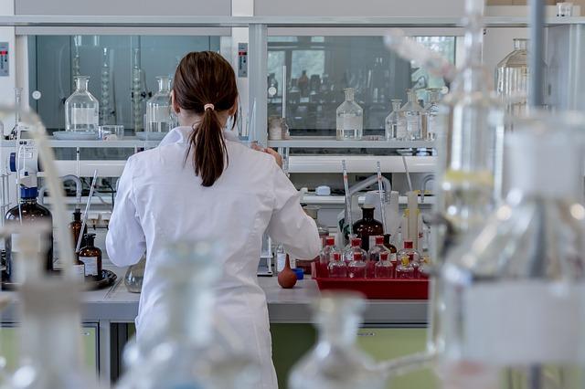 Kompleksowe wyposażenie twojego laboratorium