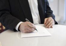 Praca zdalna i umowy przez internet
